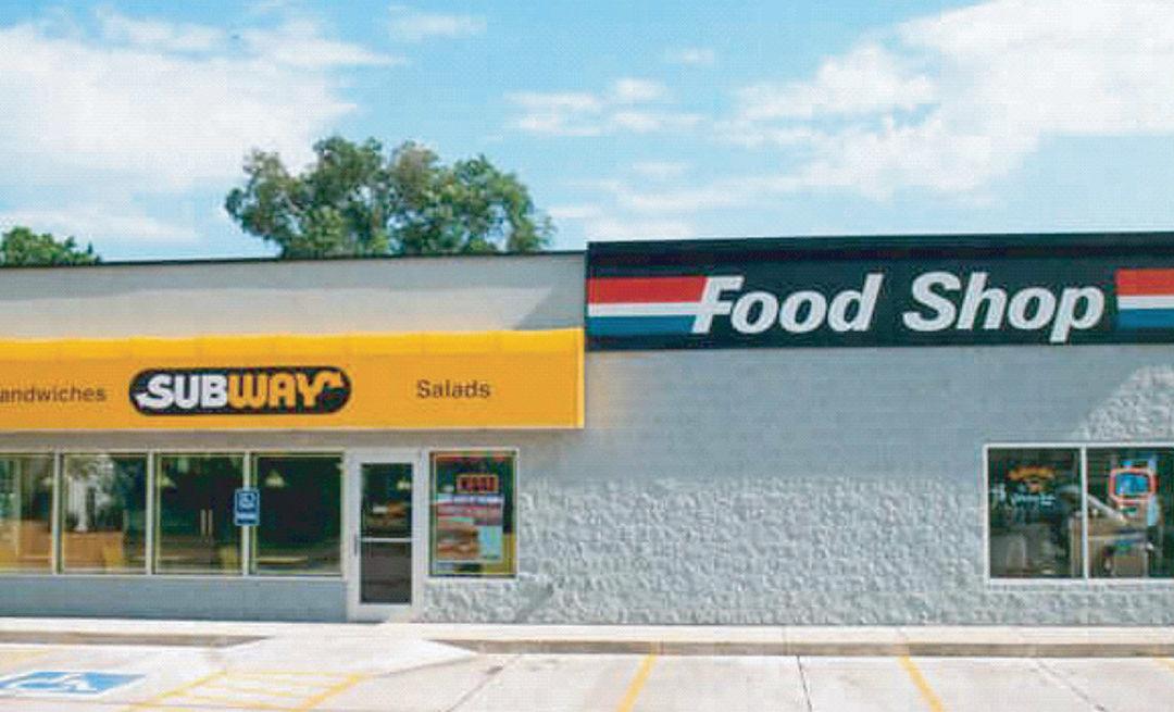 Subway Sandwich Shop / Amoco Station